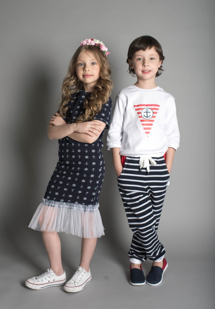 ίδια ρούχα